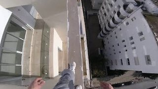 Fearless Dare Devil Performs Balancing Acts on Moroccan Roof Top - Video