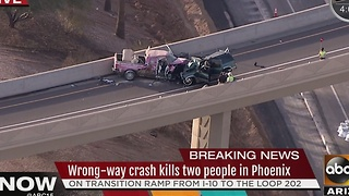 PD: 2 people dead after multi-car crash in Phoenix - Video