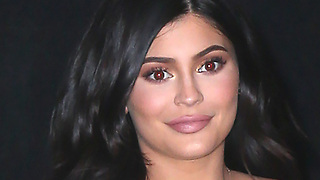 Kylie Jenner Becomes Top 3 HIGHEST Paid ENTERTAINER!?