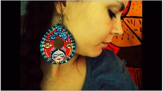 Artistic DIY crafts: Frida Khalo inspired earrings - Video