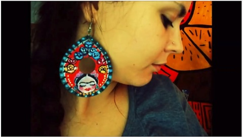 Artistic DIY crafts: Frida Khalo inspired earrings