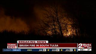 Brush Fire near 101st Riverside in South Tulsa - Video