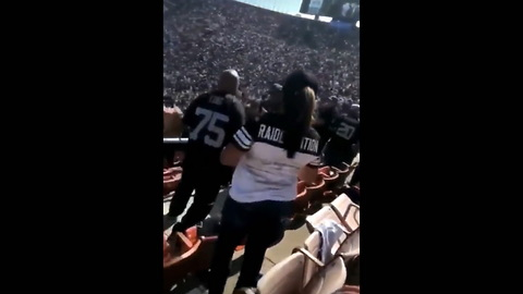 Police Forced To Intervene After Idiot Nfl Fans Get Into Massive Brawl Over Meaningless Game