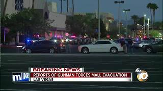 Reports of gunman forces mall evacuation - Video