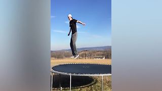 Funny Family Trampoline Fails! | Hilarious Fail Compilation - Video