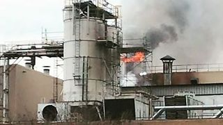 Flames Shoot from Roof of Chicago Chocolate Factory - Video
