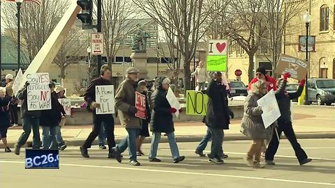 March in Oshkosh held to support immigrants