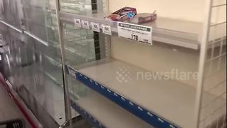 Power cuts and empty shelves in Sapporo after strong earthquake - Video
