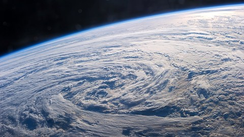 A Year In Space: Incredible Images Of Earth Over 2013