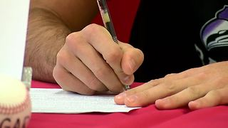 Max Giordano signs scholarship - Video
