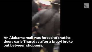 Black Friday Brawl Shuts Down Entire Mall - Video