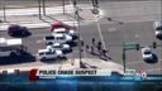 Police apprehend pursuit suspect in Phoenix - Video