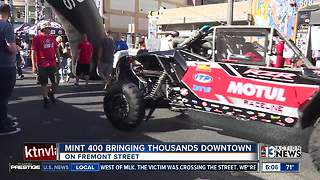 2018 Mint 400 underway in Las Vegas - Video