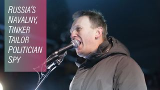 From Paris with love: Navalny tricks Russia's media - Video
