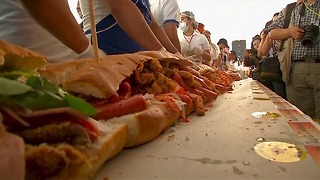Biggest Sandwich In Latin America - Video