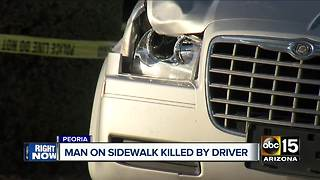 Man dies in Peoria after being hit by car - Video