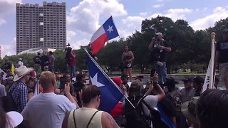 Protesters Gather After Rumor Spreads About Removal of Sam Houston Statue - Video