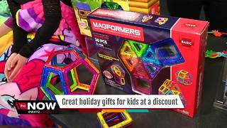 Mom's a Genius: Save on great holiday gift ideas for kids - Video