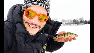 Family Goes Ice Fishing in Missisquoi Bay - Video