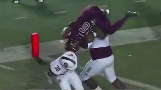 SC State Football Players Tag Team POWERBOMB Opponent to Stop Touchdown - Video
