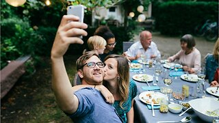 Avoid These Relationship Mistakes on Social Media