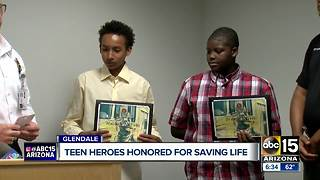 Teen heroes honored for saving life - Video