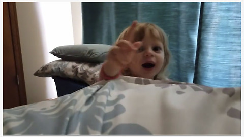 "Super cute toddler wakes up dad with ""Good Morning Sunshine"""