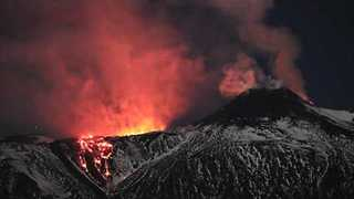 Timelapse Shows New Mount Etna Eruption - Video
