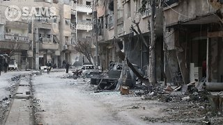 Syrian Rebels Leaving Eastern Ghouta As Government Moves In - Video