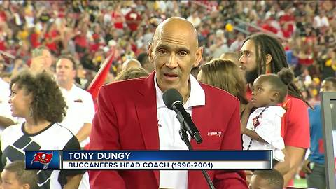 Tony Dungy inducted into Tampa Bay Buccaneers Ring of Honor