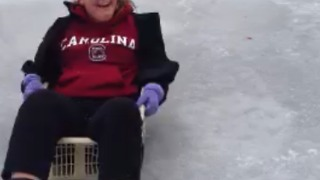 Hilarious Sled Fail - Video