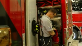 Palm Beach Fire Rescue hosts national firefighter PTSD expert for training course - Video