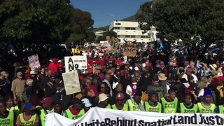 Anti-Zuma Protesters March on National Assembly Ahead of No-Confidence Vote - Video