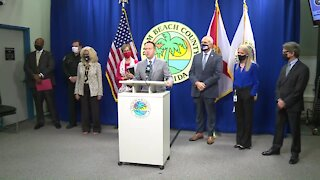 Palm Beach County leaders give update on COVID-19 cases, vaccinations