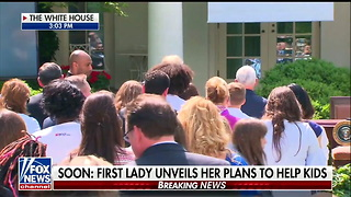 Melania Walks Out To Cheers In The Rose Garden - Video