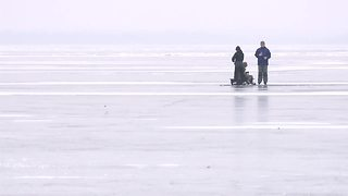 Man falls through ice on Jefferson County lake - Video