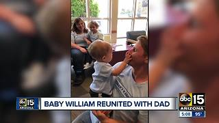 Baby William reunited with father - Video