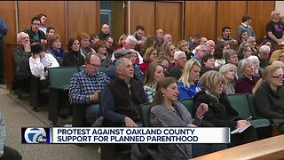 Protest against Oakland County support for Planned Parenthood