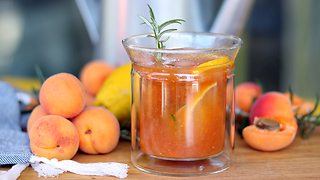 Tasty summer apricot punch recipe - Video
