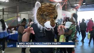 Milwaukee Police District 7 hosts Halloween party for community - Video