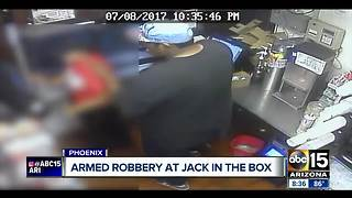 Man robs Phoenix Jack in the Box at gunpoint - Video