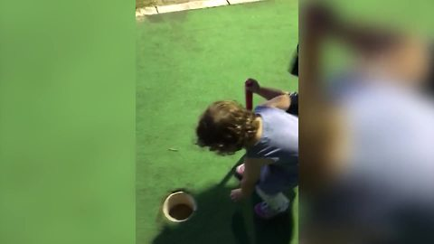 Tot Girl Cheats On Mini Golf Course