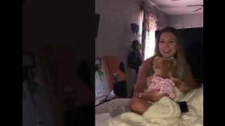 Girlfriend Surprised by Build-A-Bear With Late Mother's Recorded Voicemail Inside