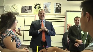 CCSD Superintendent Jesus Jara meets with students, teachers at Del Sol Academy - Video