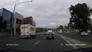 Nasty accident after driver appears to jump red light - Video