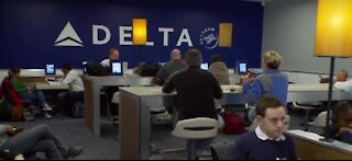 Delta Airlines to start booking full flights May 1