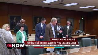 MSU Board of Trustees says it still supports Pres. Lou Anna Simon, she will stay on - Video