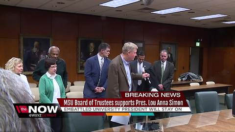 MSU Board of Trustees says it still supports Pres. Lou Anna Simon, she will stay on
