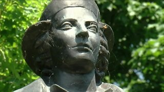 Columbus statue removed in Buffalo