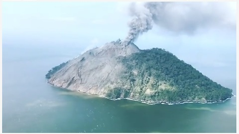 Volcanic Island in Papua New Guinea lets off some steam